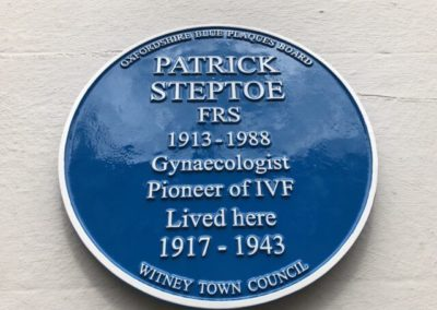 IVF pioneer to be honoured with blue plaque tribute